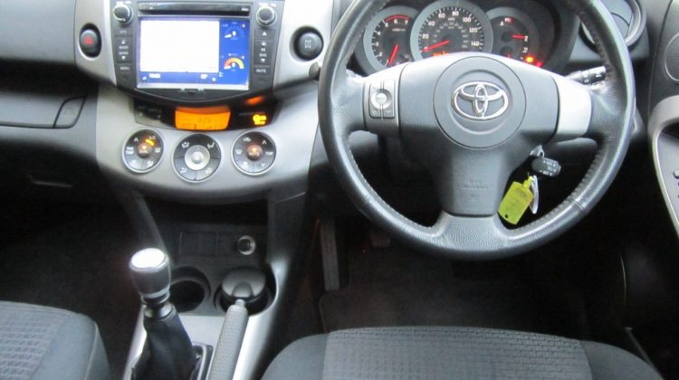 2008(57) Toyota RAV4 SUV 4wd 2.2D4D 140 XTR 6