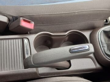 Vauxhall Mokka 2012 (62) White Hatchback Manual Diesel
